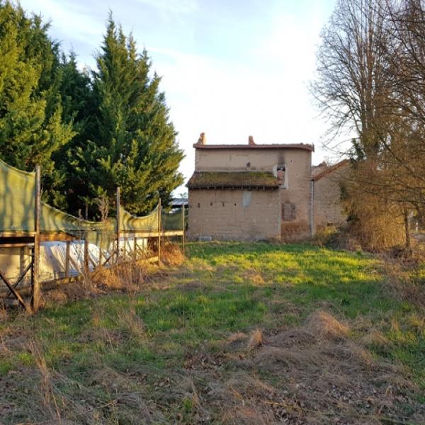 Offres de vente Terrain Pouilly-les-Nonains 42155