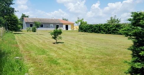 Offres de vente Villa Ambierle 42820